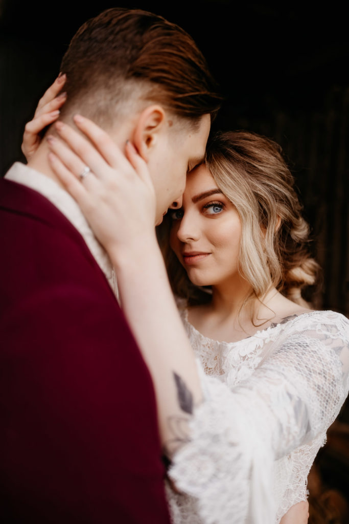 Scotland woodland elopement couple