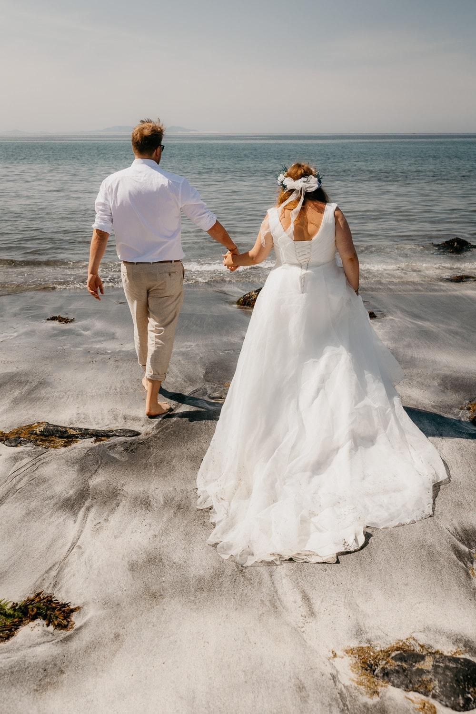 Isle of Skye elopement Talisker bay